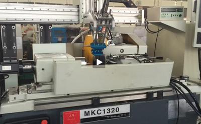 上海数控磨床机械手视频